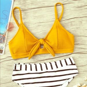 Textured knot front top with striped bikini set